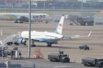 サリーちゃんのパパさんが、羽田空港で撮影したアメリカ空軍 757-2Q8の航空フォト(写真)