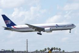 zettaishinさんが、マイアミ国際空港で撮影したアメリジェット・インターナショナル 767-338/ER(BDSF)の航空フォト(飛行機 写真・画像)