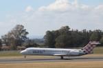 ilv583さんが、カターニア・フォンターナロッサ空港で撮影したボロテア 717-2BLの航空フォト(写真)