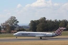 ilv583さんが、カターニア・フォンターナロッサ空港で撮影したボロテア 717-2BLの航空フォト(飛行機 写真・画像)