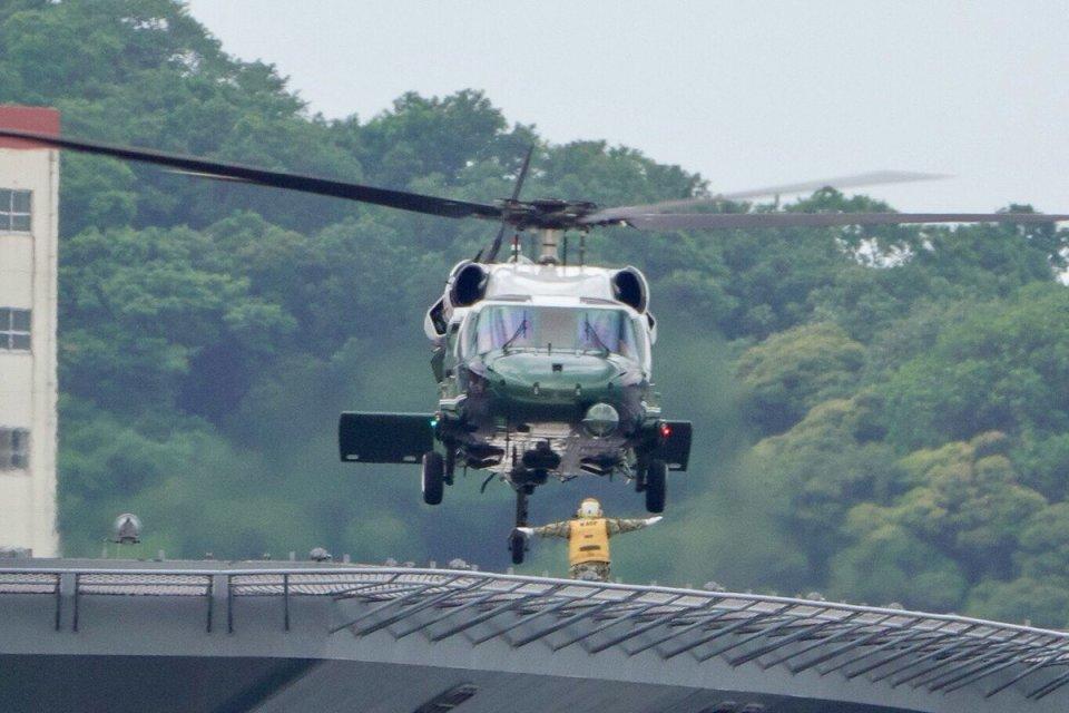 うめやしきさんのアメリカ海兵隊 Sikorsky S-70 (H-60 Black Hawk/Seahawk) (163259?) 航空フォト