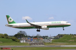 sky-spotterさんが、成田国際空港で撮影したエバー航空 A321-211の航空フォト(飛行機 写真・画像)