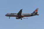kuro2059さんが、台湾桃園国際空港で撮影したジェットスター・アジア A320-232の航空フォト(飛行機 写真・画像)