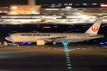 とらとらさんが、羽田空港で撮影した日本航空 777-246/ERの航空フォト(飛行機 写真・画像)