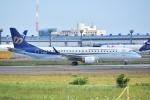 Izumixさんが、成田国際空港で撮影したマンダリン航空 ERJ-190-100 IGW (ERJ-190AR)の航空フォト(写真)