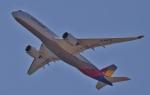 鉄バスさんが、関西国際空港で撮影したアシアナ航空 A350-941の航空フォト(飛行機 写真・画像)