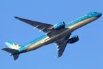 まえちんさんが、羽田空港で撮影したベトナム航空 A350-941XWBの航空フォト(写真)