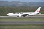 kumagorouさんが、新千歳空港で撮影した日本航空 777-289の航空フォト(写真)