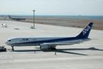 髪刈虫(かみきりむし)さんが、中部国際空港で撮影した全日空 767-381/ERの航空フォト(写真)