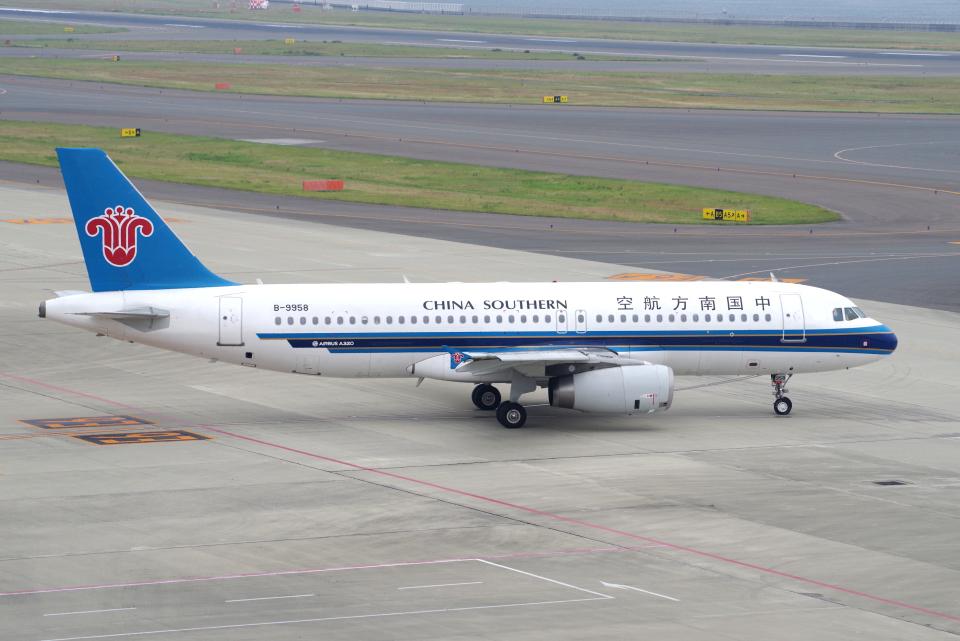 yabyanさんの中国南方航空 Airbus A320 (B-9958) 航空フォト
