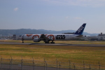 K777&787さんが、伊丹空港で撮影した全日空 777-381/ERの航空フォト(写真)
