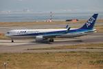 代打の切札さんが、関西国際空港で撮影した全日空 767-381/ERの航空フォト(写真)