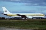 tassさんが、ロンドン・ガトウィック空港で撮影したモナーク・エアラインズ A300B4-605Rの航空フォト(飛行機 写真・画像)