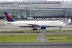 eagletさんが、羽田空港で撮影したデルタ航空 777-232/ERの航空フォト(写真)