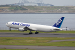 どりーむらいなーさんが、羽田空港で撮影した全日空 767-381F/ERの航空フォト(写真)