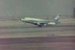 ヒロリンさんが、羽田空港で撮影した全日空 737-281/Advの航空フォト(写真)