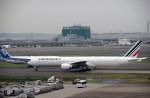 よんすけさんが、羽田空港で撮影したエールフランス航空 777-328/ERの航空フォト(写真)