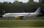 planetさんが、アムステルダム・スキポール国際空港で撮影したブエリング航空 A320-232の航空フォト(写真)