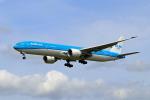 szkkjさんが、成田国際空港で撮影したKLMオランダ航空 777-306/ERの航空フォト(写真)