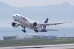 HEATHROWさんが、関西国際空港で撮影したフェデックス・エクスプレス 777-FS2の航空フォト(写真)
