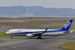 シャークレットさんが、関西国際空港で撮影した全日空 767-381/ERの航空フォト(写真)