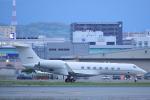 臨時特急7032Mさんが、福岡空港で撮影したアメリカ空軍 C-37B Gulfstream G550 (G-V-SP)の航空フォト(写真)