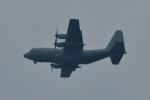 NFファンさんが、厚木飛行場で撮影したアメリカ海軍 KC-130T Herculesの航空フォト(写真)