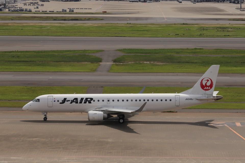 KAZFLYERさんのジェイエア Embraer 190 (JA248J) 航空フォト