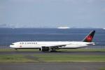 KAZFLYERさんが、羽田空港で撮影したエア・カナダ 777-333/ERの航空フォト(飛行機 写真・画像)
