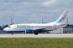 zettaishinさんが、マイアミ国際空港で撮影したバハマスエア 737-505の航空フォト(写真)