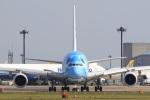 気分屋さんが、成田国際空港で撮影した全日空 A380-841の航空フォト(飛行機 写真・画像)