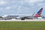 zettaishinさんが、マイアミ国際空港で撮影したアメリカン航空 767-323/ERの航空フォト(写真)