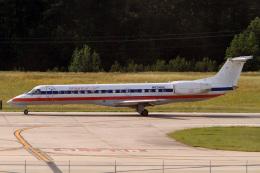 A-Chanさんが、ローリー・ダーラム国際空港で撮影したアメリカン・イーグル ERJ-140LRの航空フォト(飛行機 写真・画像)