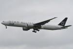 kozikoziさんが、成田国際空港で撮影した全日空 777-381/ERの航空フォト(写真)