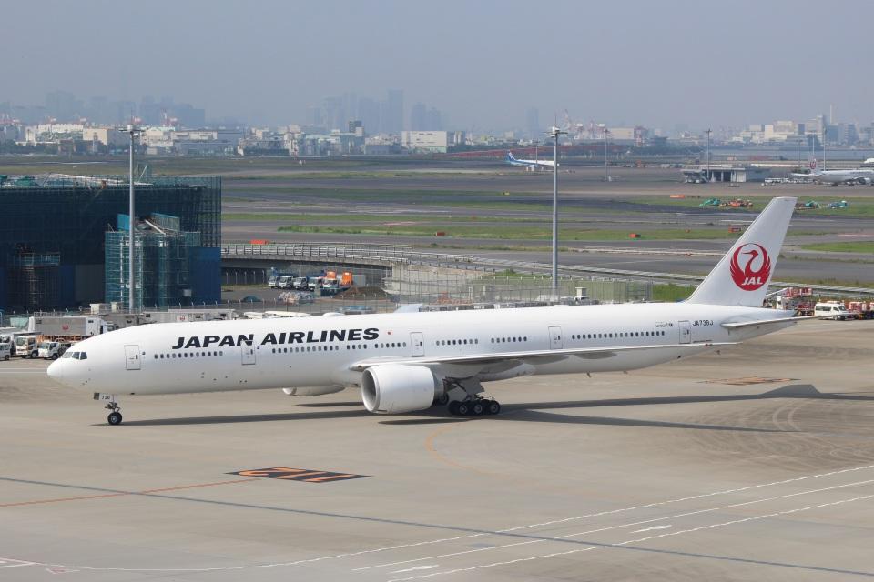 reonさんの日本航空 Boeing 777-300 (JA738J) 航空フォト