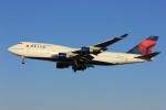 メンチカツさんが、成田国際空港で撮影したデルタ航空 747-451の航空フォト(写真)
