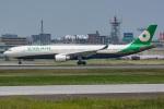 kan787allさんが、福岡空港で撮影したエバー航空 A330-302の航空フォト(写真)