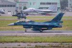 チャッピー・シミズさんが、小松空港で撮影した航空自衛隊 F-2Bの航空フォト(写真)