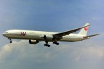 ちっとろむさんが、福岡空港で撮影した日本航空 777-346の航空フォト(写真)