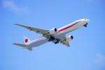 hidetsuguさんが、千歳基地で撮影した航空自衛隊 777-3SB/ERの航空フォト(写真)