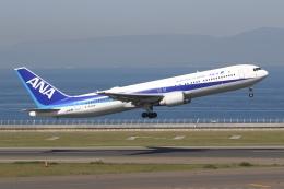 sky-spotterさんが、中部国際空港で撮影した全日空 767-381/ERの航空フォト(飛行機 写真・画像)