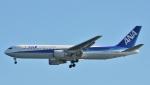 鉄バスさんが、羽田空港で撮影した全日空 767-381/ERの航空フォト(写真)