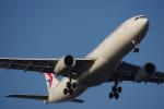 JA8037さんが、羽田空港で撮影した中国東方航空 A330-343Xの航空フォト(写真)