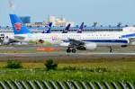 ちかぼーさんが、成田国際空港で撮影した中国南方航空 A320-214の航空フォト(写真)