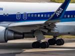 名無しの権兵衛さんが、関西国際空港で撮影した全日空 767-381/ERの航空フォト(写真)