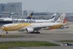 SFJ_capさんが、関西国際空港で撮影したノックスクート 777-212/ERの航空フォト(写真)