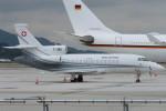 SFJ_capさんが、福岡空港で撮影したスイス空軍 Falcon 900EXの航空フォト(写真)