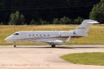 A-Chanさんが、ローリー・ダーラム国際空港で撮影したアメリカ個人所有 BD-100-1A10 Challenger 300の航空フォト(写真)