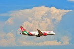 Hiro Satoさんが、スワンナプーム国際空港で撮影したケニア航空 787-8 Dreamlinerの航空フォト(写真)