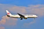 Hiro Satoさんが、スワンナプーム国際空港で撮影した日本航空 777-246/ERの航空フォト(写真)